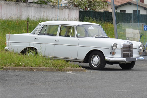 Mercedes 230 - 1965